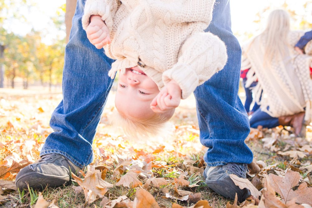 half priced mini sessions for families, high school senior portraits, babies, and children. Alison Bell, Photographer