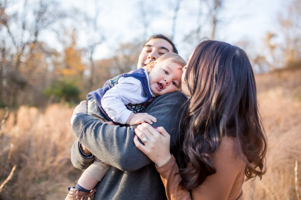 Baby and family photos at Leesylvania State Park in Northern Virginia by Alison Bell, Photographer. Alisonbellphotographer.com